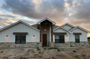 Front exterior of custom home built by Ideal Place in Uvalde, TX